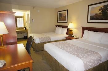 La Quinta Inn & Suites Thousand Oaks Newbury Park - Thousand Oaks, CA 91320 - Guestroom