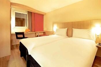 Hotel Ibis Lisboa José Malhoa thumb-3