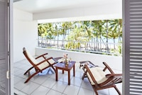 Suite, 2 Bedrooms (Beachside)