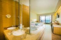Presidential Suite, 2 Bedrooms, Jetted Tub, Ocean View