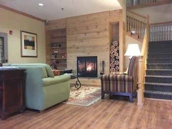 Country inn suites by carlson salina 3 star upper for A b mackie salon
