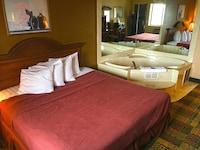 Suite, 1 King Bed, Non Smoking, Bathtub