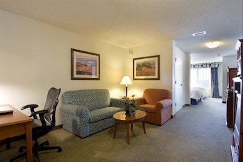 Hilton Garden Inn Bentonville - Bentonville, AR 72712 - Guestroom