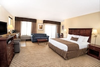 Premium Suite, 1 King Bed, Jetted Tub