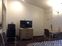Family Suites, 2 Separate Rooms