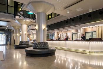 斯堪迪克碼頭大酒店