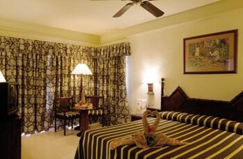 Hotel Riu Bambu All Inclusive thumb-3