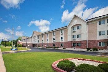 威斯康辛州格林灣戴斯旅館及套房飯店