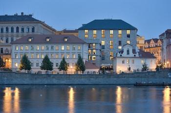布拉格四季飯店