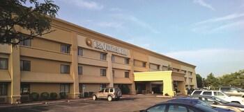 Hotels Near Canton Gardens Apartments Apartments 8660 Walton