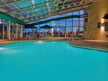 La Quinta Inn & Suites Springdale - Springdale, AR 72762 - Pool