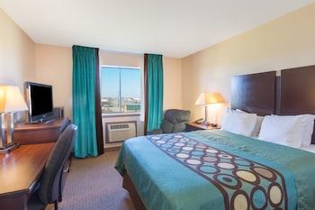 Super 8 Danville - Danville, KY 40422 - Guestroom