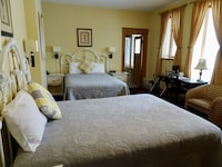 Large Room 2 Double Beds