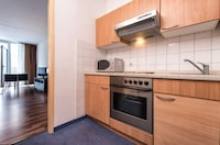 Standard Room, 1 King Bed, Kitchen - Flexible Rate