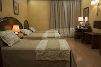 Double Room (extra bed)