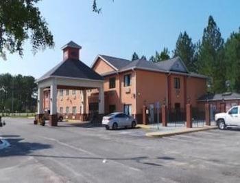 Baymont Inn and Suites Jesup - Jesup, GA 31546 - Featured Image