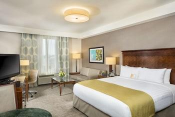 Ayres Hotel Anaheim - Anaheim, CA 92806