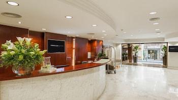 Hotel Aparthotel Mariano Cubi Barcelona thumb-4