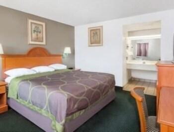 Super 8 Ft. Pierce - Fort Pierce, FL 34950 - Guestroom