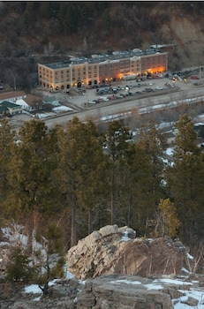 hotel photos cadillac jack s hotel suites deadwood south. Cars Review. Best American Auto & Cars Review