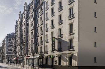 巴黎 19 宜必思尚品飯店