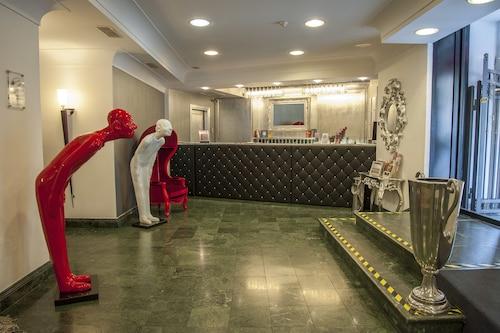 德勒普洛文斯飯店