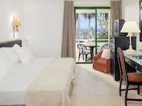 Double Room, Sea View (2 adults and 1 child)