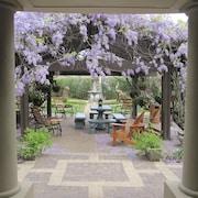 葡萄園庭院設計師套房飯店