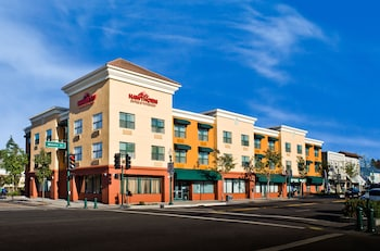 Hawthorn Suites By Wyndham Oakland/Alameda. 0.4 Miles From Summer House  Apartments  Summer House Apartments Alameda