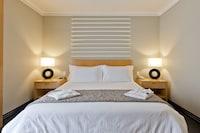 Tryp Room Queen-Size Bed