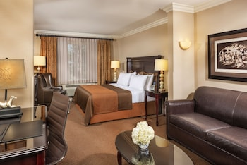 Ayres Inn & Suites Ontario at the Mills Mall - Ontario, CA 91764 - Pool