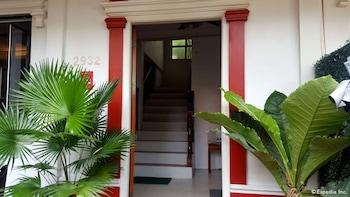 Makati Riverside Inn Hotel Entrance