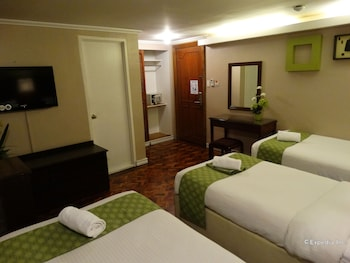 Corporate Inn Hotel Manila Guestroom