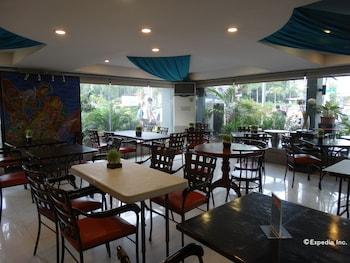 Corporate Inn Hotel Manila Restaurant