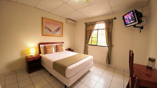 阿蒙尼亞飯店青年旅舍
