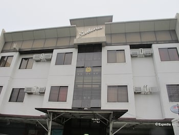 Sabina Suites Cebu Hotel Front