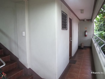 Sabina Suites Cebu Hallway