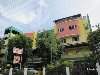 Lylie Hotel Cebu Hotel Front