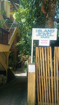 Island Jewel Inn Boracay Hotel Entrance