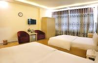 Deluxe Quadruple Room, 2 Double Beds, City View
