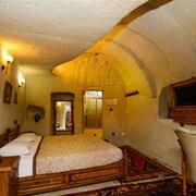 愛麗舍洞穴飯店