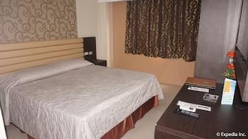 Score Birds Hotel Pampanga Guestroom
