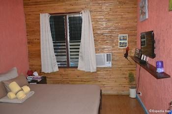 Dee Guesthouse Cebu Guestroom