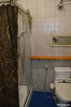 Dee Guesthouse Cebu Bathroom