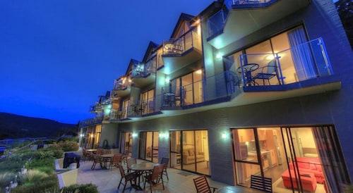 Lantern Apartments