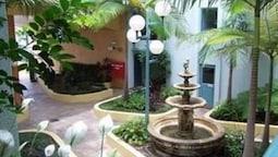 Burleigh Terraces Holiday Apartments