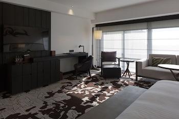 Nobu Hotel Manila Living Area