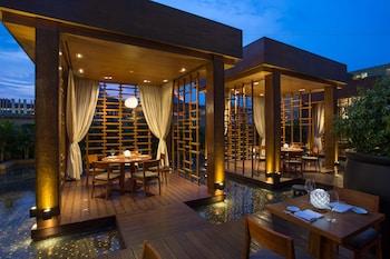 Nobu Hotel Manila Outdoor Dining