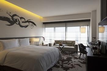 Nobu Hotel Manila Guestroom