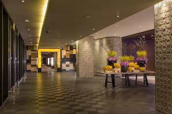 Nobu Hotel Manila Interior Entrance